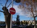 Senyalització a l'aparcament del Casal